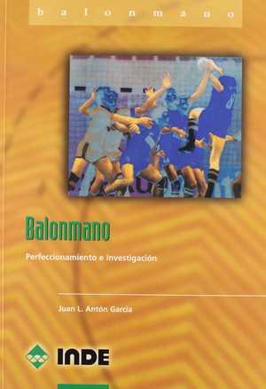 portada del libro balonmano perfeccionamiento e investigación
